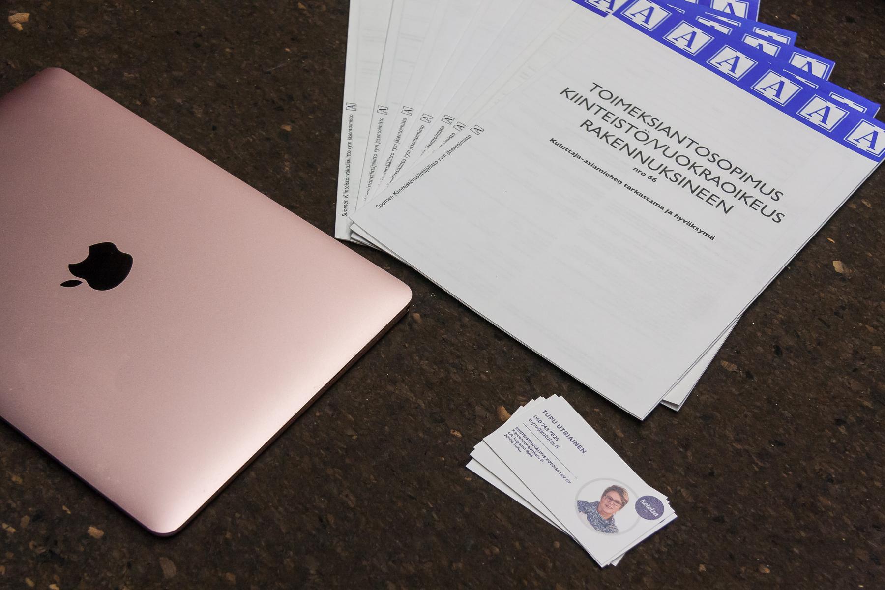 Virallisia ja pakollisia papereita