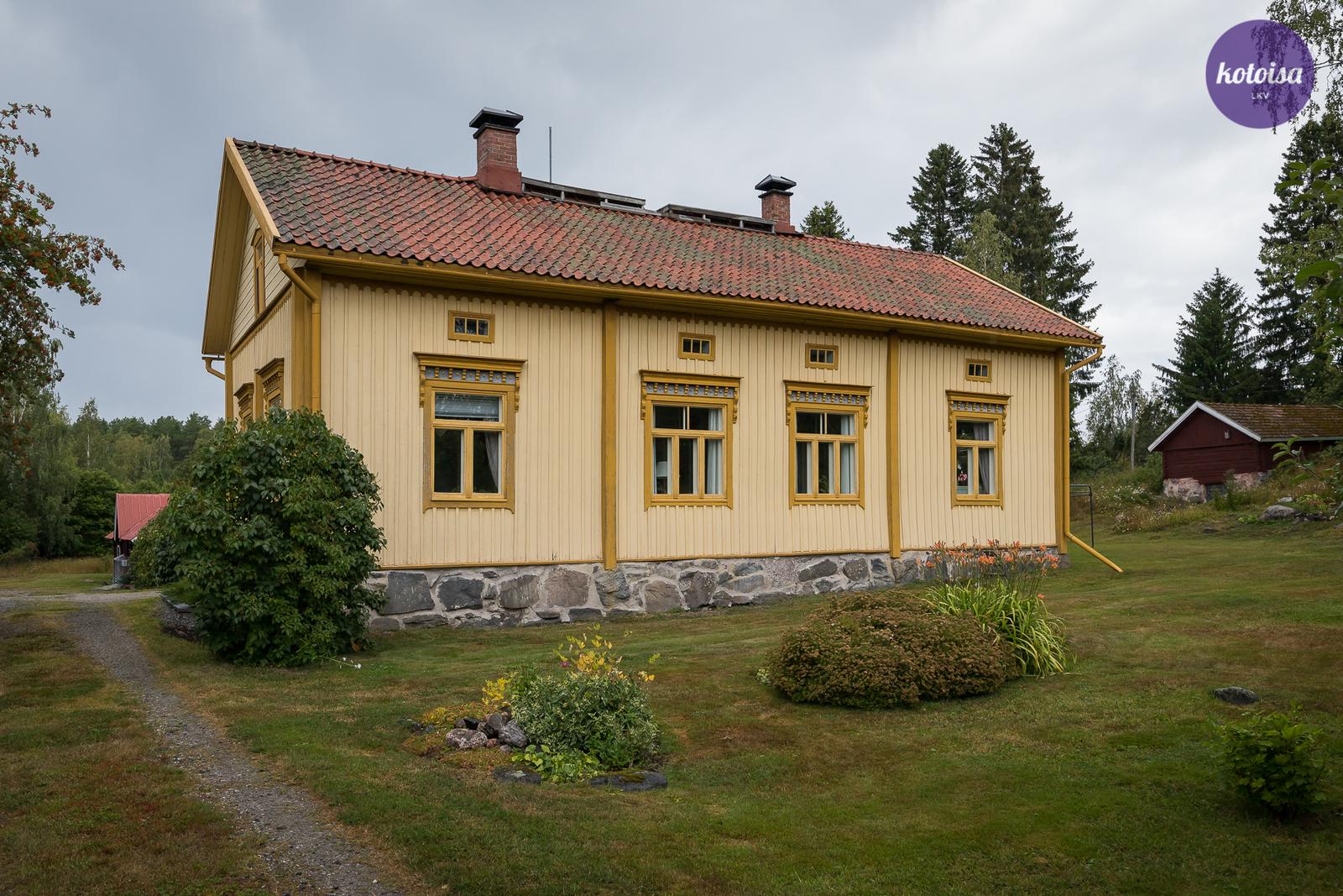 Tontti ja talo
